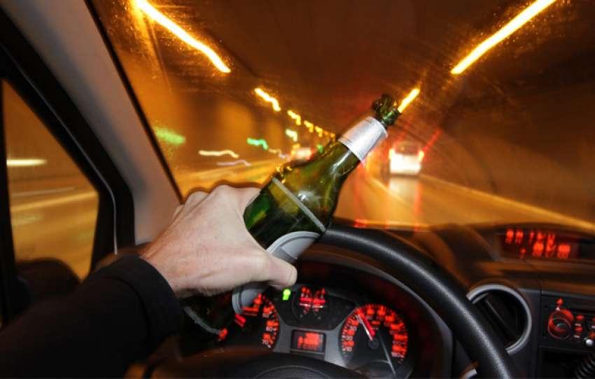Ισόβια αφαίρεση <br> διπλώματος σε όσους <br> οδηγούν μεθυσμένοι
