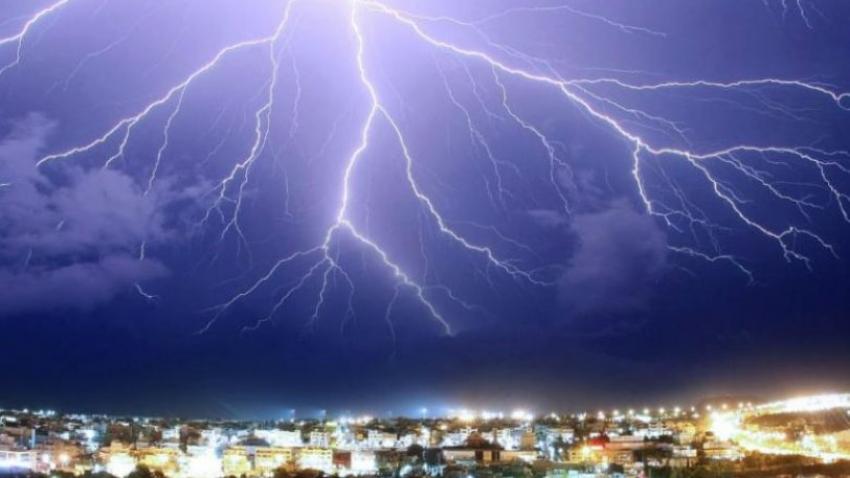 Έρχονται καταιγίδες <br> την Πέμπτη και <br> την Παρασκευή