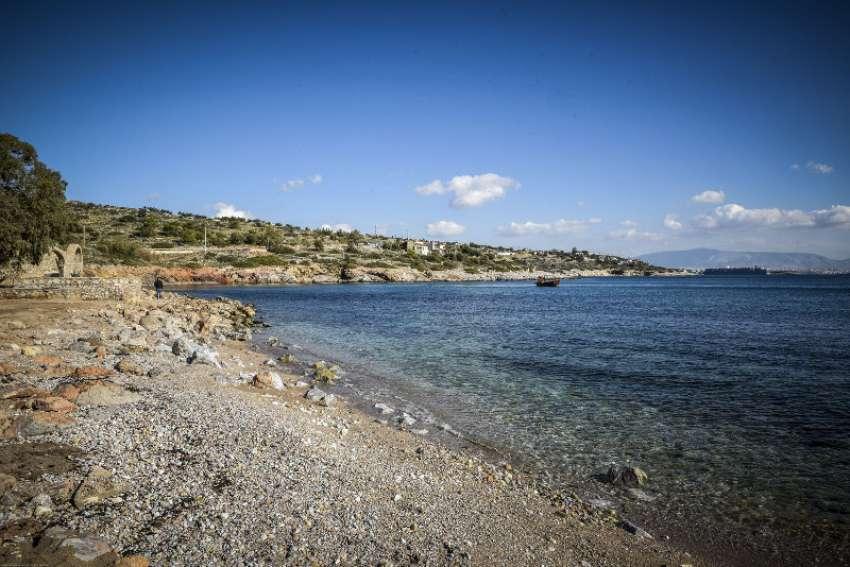 Οι παραλίες της <br> Αττικής φέτος <br> μετά το ''Αγία Ζώνη''