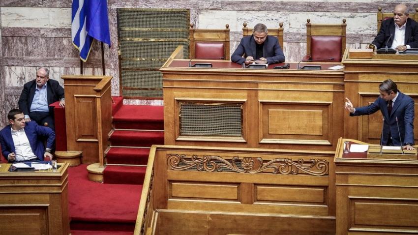 Τσίπρας σε Μητσοτάκη: <br> ''Είστε ο πρόεδρος <br> του Εδεσσαικού''!