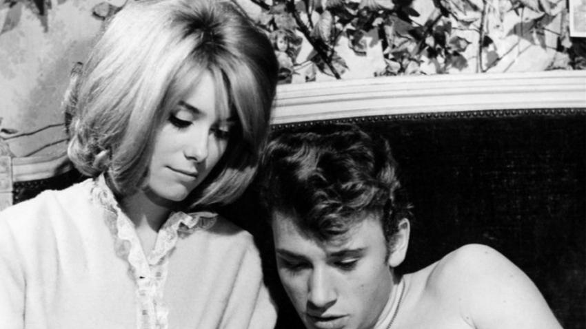 Τζ. Χαλιντέι Κ. Ντενέβ <br> Ο μυστικός έρωτας <br> των 50 χρόνων!