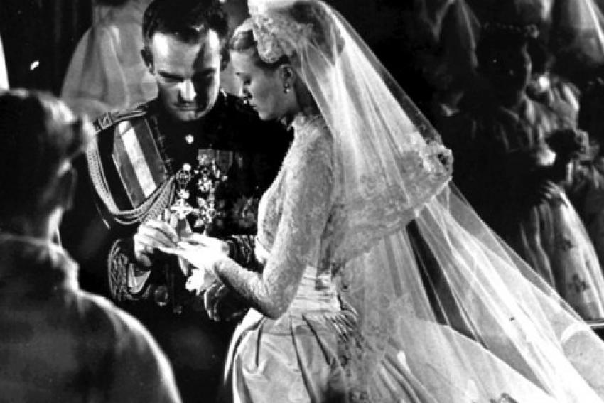 Ο λαμπερός γάμος <br> της Γκρέις Κέλι <br> με τον Ρενιέ