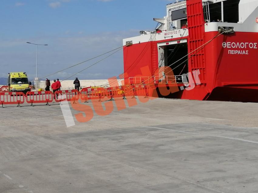 Ραφήνα Η επιχείρηση <br> για το ύποπτο κρούσμα <br> στο λιμάνι (pics)