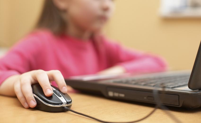 Ημέρα του παιδιού <br> Η Unicef προειδοποιεί <br> για το διαδίκτυο